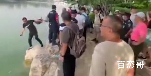 工作人员劝阻游客反被推下水 真实原因让人气愤!
