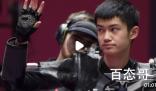 #男子10米气步枪中国一银一铜# 16岁的盛李豪为中国拿下一枚银牌!